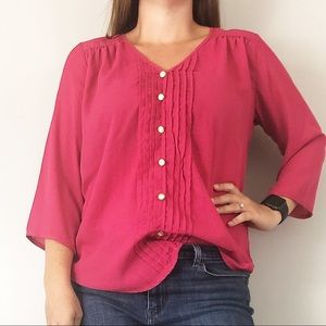 Buttons | M | pink pleated v-neck blouse